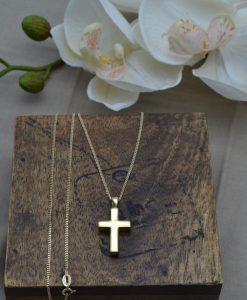 Gold memorial pendants suitable for engraving